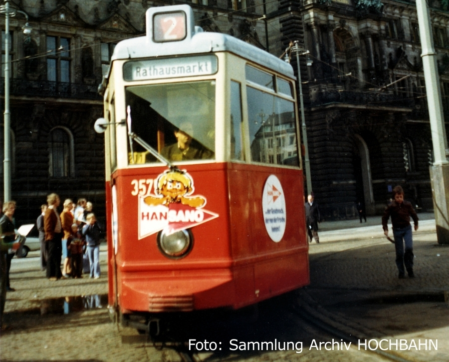 Triebwagen 3575 am Rathausmarkt